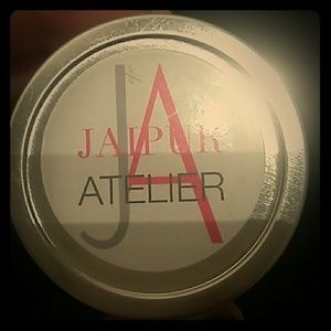 JAIPUR ATELIER Aristocratic and Atmospheric Candle